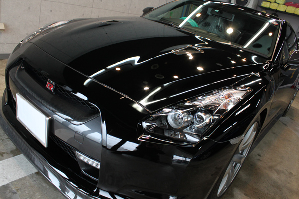 日産 GT-R ボンネット1