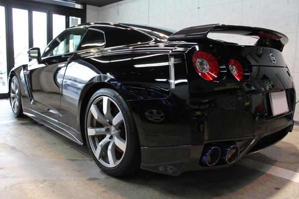 日産 GT-R リアバンパー