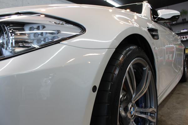 BMW M5 左フェンダー
