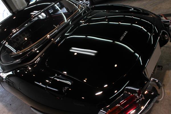ジャガー Eタイプ シリーズ1 トランク