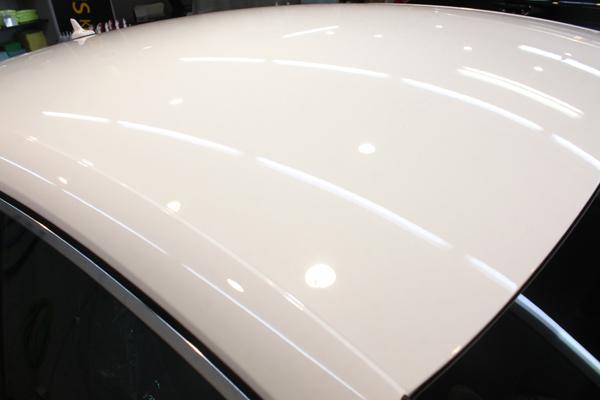 アウディ S5 グレイシアホワイトメタリック ルーフ