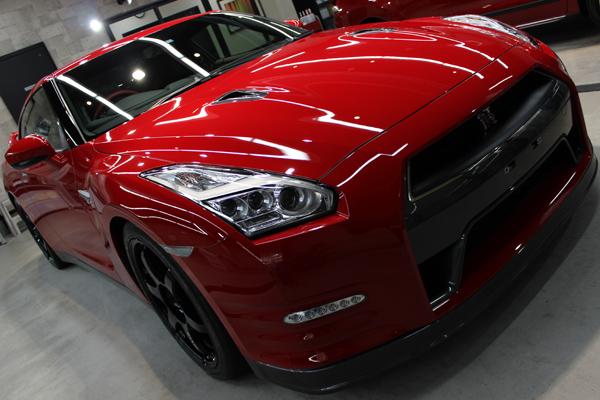 GT-R バイブラントレッド ヘッドライト