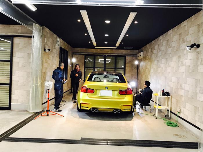 BMW M3 オースチンイエロー マフラー:取材風景