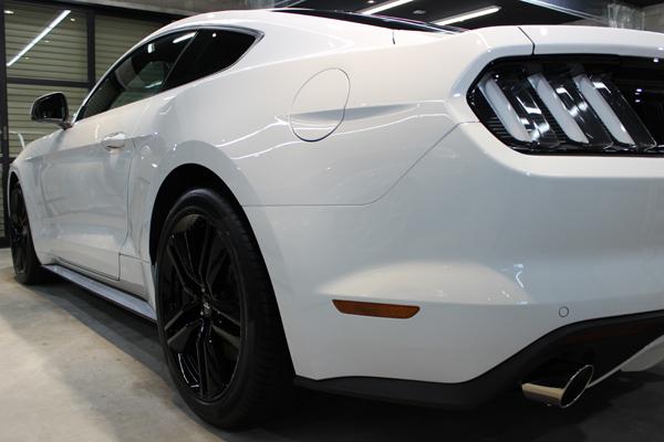 フォード マスタング オックスフォードホワイト ホイール2