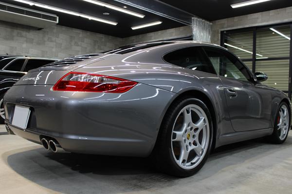 ポルシェ 911 カレラS 997 リアバンパー