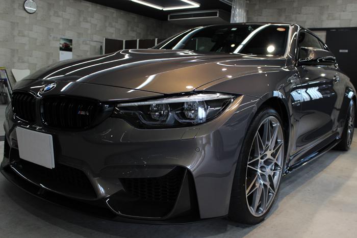 BMW M4 スタディ シャンパンクオーツ フロントバンパー1