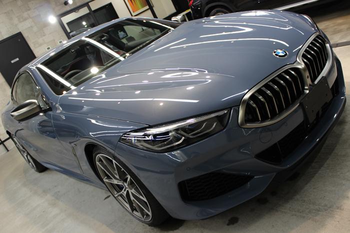 BMW M850i xDriveクーペ バルセロナブルー ボンネット右2