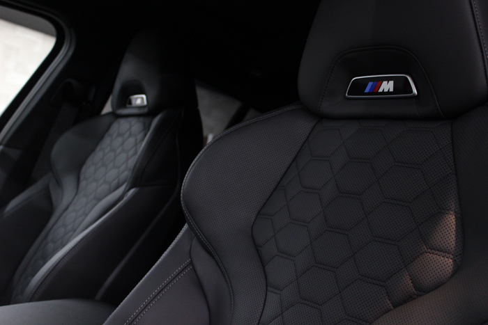 BMW X4 Mコンペティション メリノレザー シート 助手席