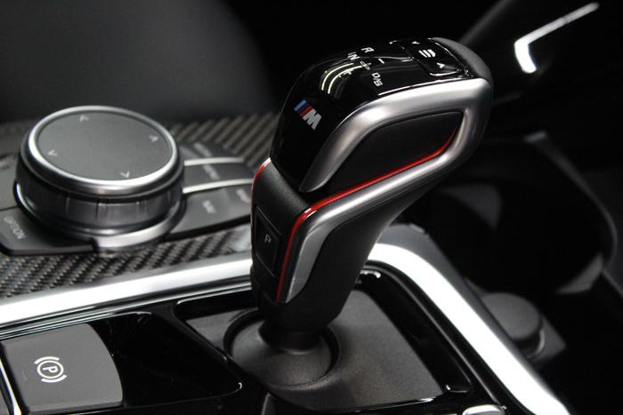 BMW X4 Mコンペティション シフトノブ