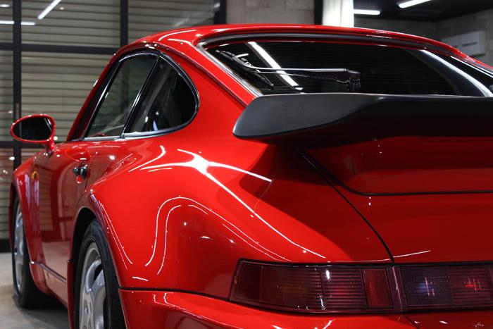 ポルシェ 911ターボ ガーズレッド 左クォーター