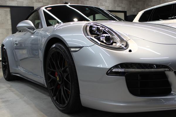 ポルシェ 911 GTS カブリオレ 右フェンダー
