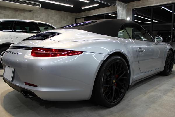 ポルシェ 911 GTS カブリオレ 右クォーター