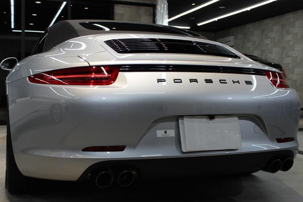 ポルシェ 911 GTS カブリオレ リアバンパー