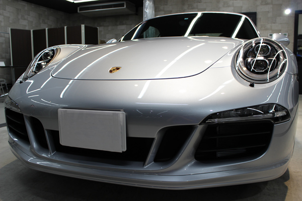 ポルシェ 911 GTS カブリオレ ヘッドライト
