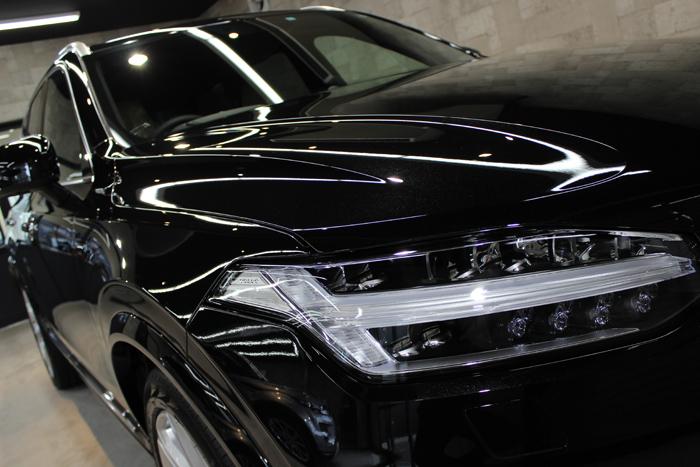 ボルボ XC90 T8 インスクリプション オニキスブラックメタリック ヘッドライト