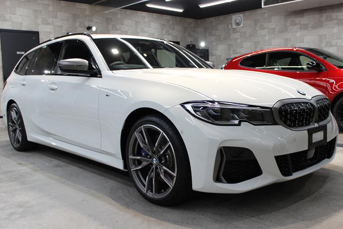 BMW M340i アルピンホワイト ホイール右