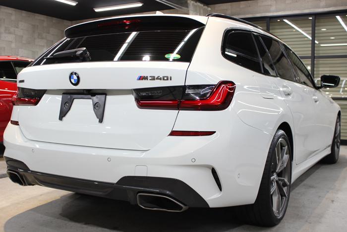 BMW M340i アルピンホワイト リアバンパー右