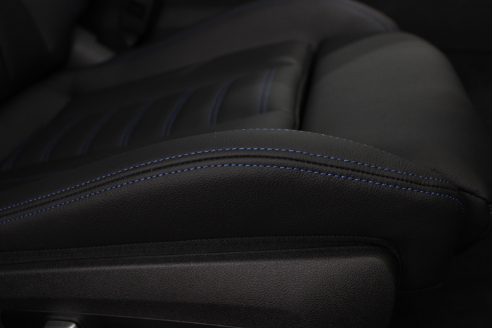 BMW M340i アルピンホワイト シートコーティング 運転席座面