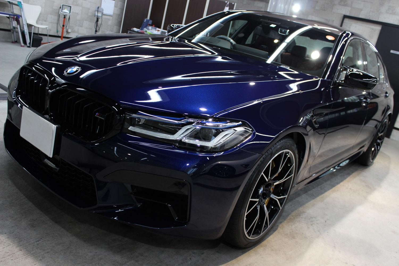 BMW M5 タンザナイトブルー ボンネット左