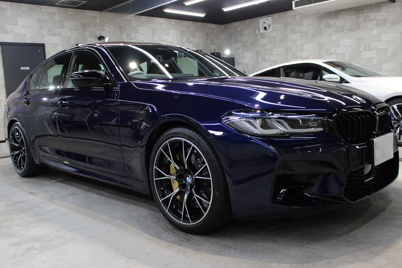 BMW M5 タンザナイトブルー ホイール右
