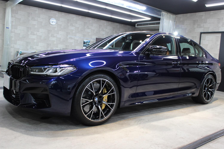 BMW M5 タンザナイトブルー ホイール左