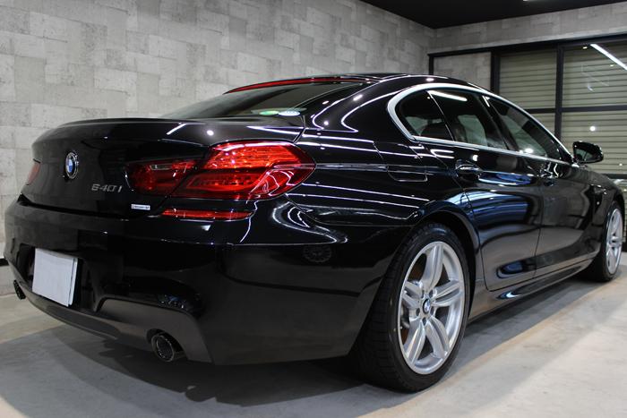 BMW 640i グランクーペ Mスポーツ ブラックサファイア エンブレム