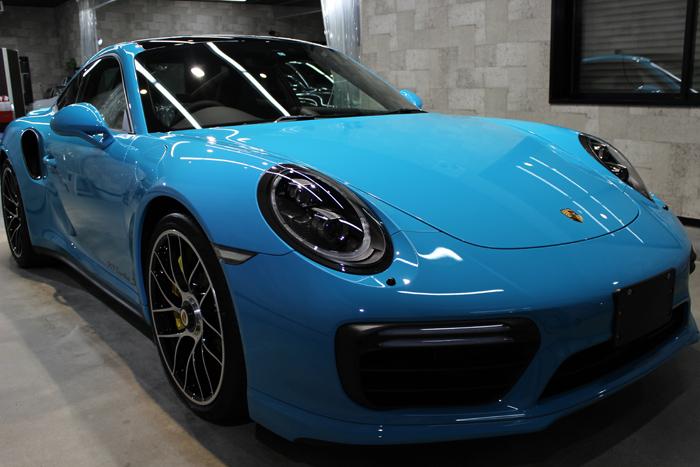 ポルシェ 911 ターボS マイアミブルー フロントバンパー1