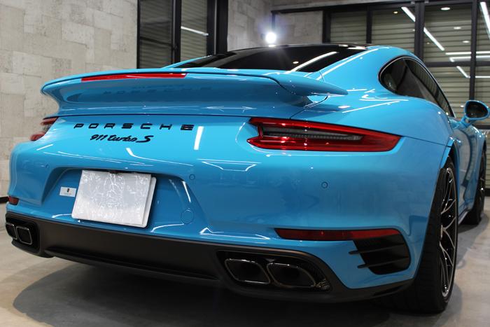 ポルシェ 911 ターボS マイアミブルー リアバンパー
