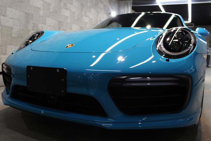 ポルシェ 911 ターボS マイアミブルー ヘッドライト2