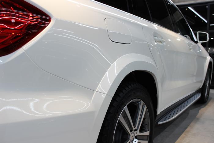 メルセデスベンツ GLS350d 4マチックスポーツ ダイヤモンドホワイト 右ドア