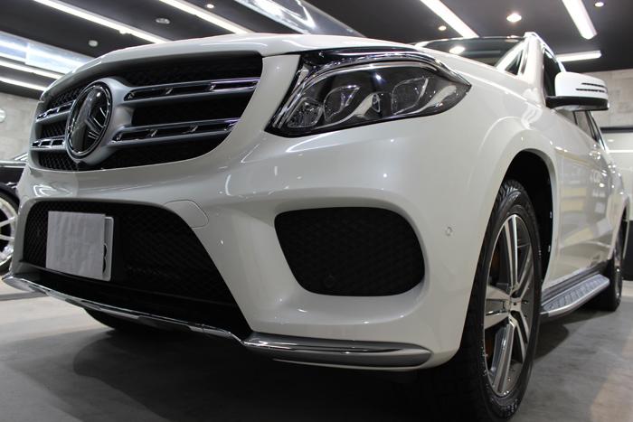 メルセデスベンツ GLS350d 4マチックスポーツ ダイヤモンドホワイト グリル