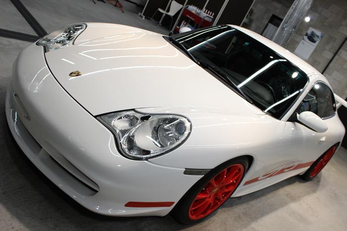 ポルシェ 911 GT3 996 キャララホワイト ボンネット1