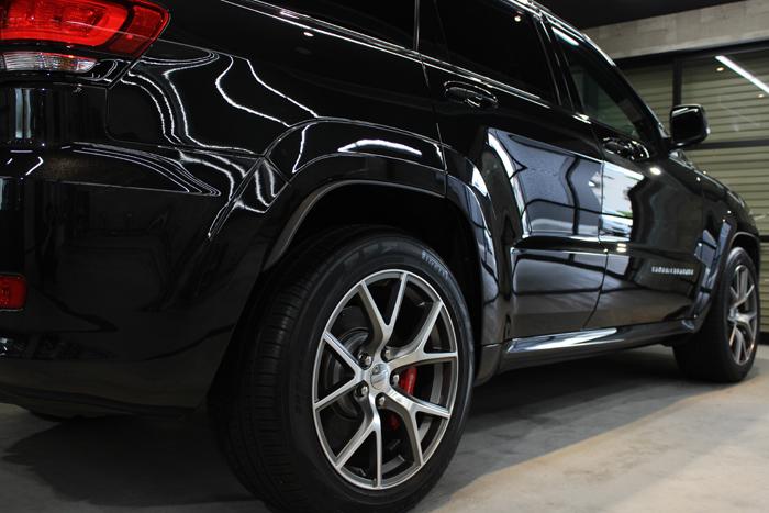クライスラー ジープ グランドチェロキー SRT8 ブリリアントブラッククリスタルパールコート 右ドア