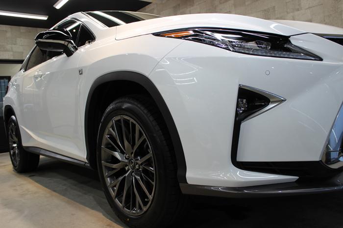 レクサス RX 200t Fスポーツ ホワイトノーヴァガラスフレーク ヘッドライト