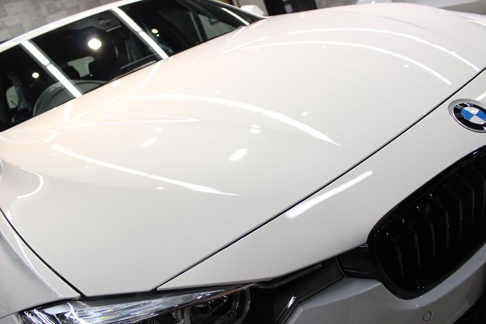 BMW 320d Mスポーツ エディションシャドー アルピンホワイト ボンネット3