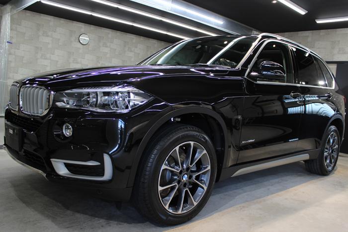 BMW X5 xDrive35d ブラックサファイア 左ドア