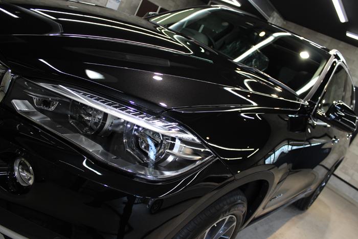 BMW X5 xDrive35d ブラックサファイア ヘッドライト