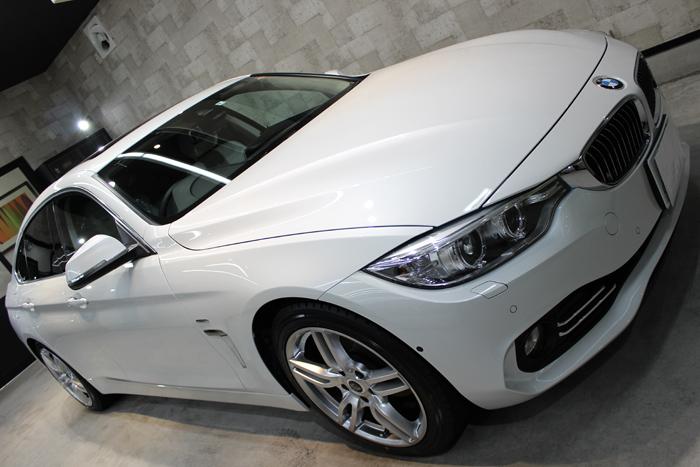 BMW 420i グランクーペ ラグジュアリー ミネラルホワイト ボンネット2