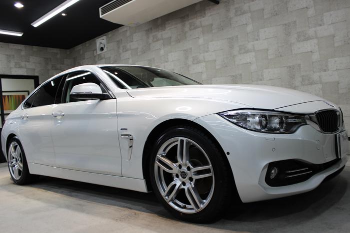 BMW 420i グランクーペ ラグジュアリー ミネラルホワイト ホイール1