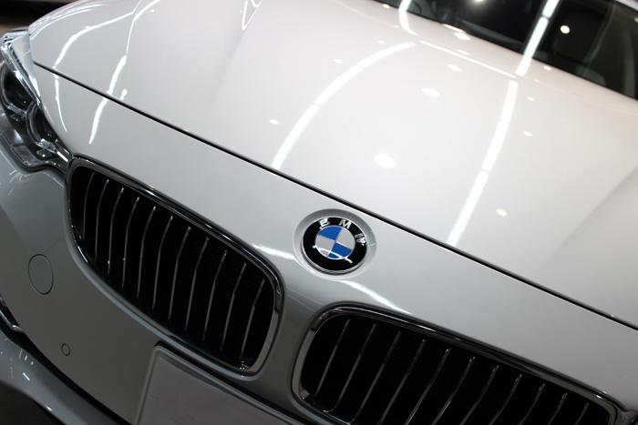 BMW 420i グランクーペ ラグジュアリー ミネラルホワイト キドニーグリル