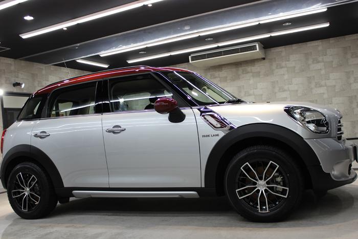 BMW ミニ クーパーD クロスオーバー パークレーン 右ドア