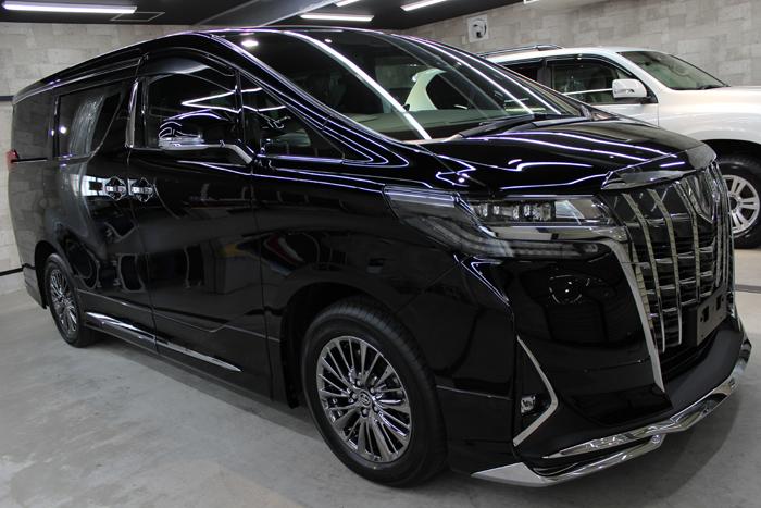 トヨタ アルファード エグゼプティブラウンジ ブラック 202 フロントバンパー2