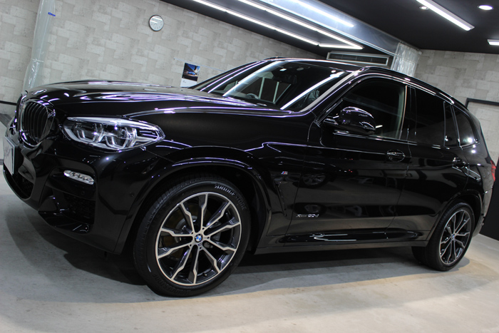 BMW X3 xDrive20d Mスポーツ ブラックサファイア ホイール 左