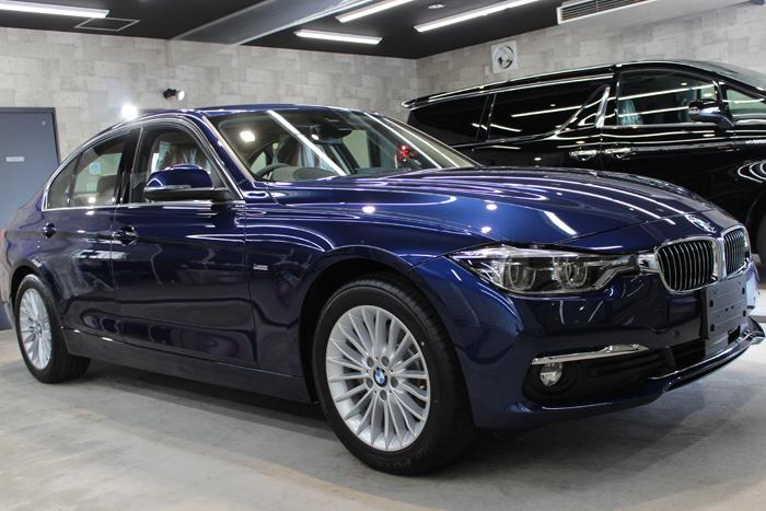 BMW 320d メディテラニアンブルー ホイール1