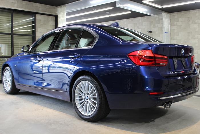 BMW 320d メディテラニアンブルー リアバンパー