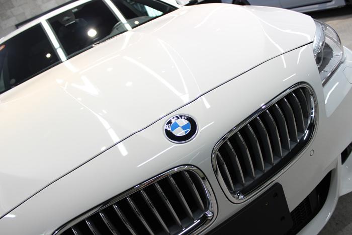 BMW 535i Mスポーツ アルピンホワイト ボンネット アップ