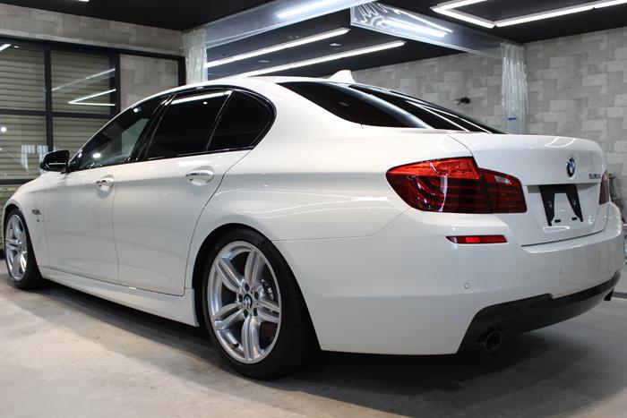 BMW 535i Mスポーツ アルピンホワイト ホイール2
