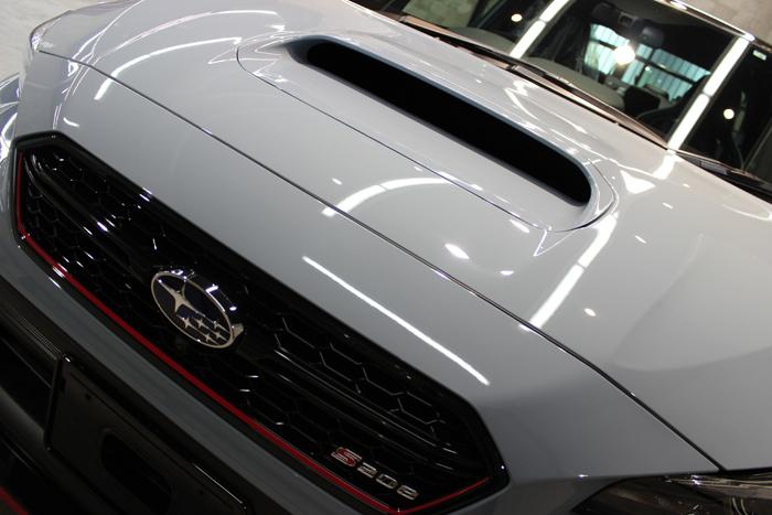 スバル WRX STI S208 クールグレーカーキ ボンネット