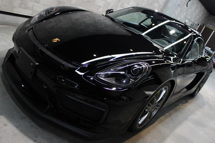 ポルシェ ケイマン GT4 ブラック ボンネット2