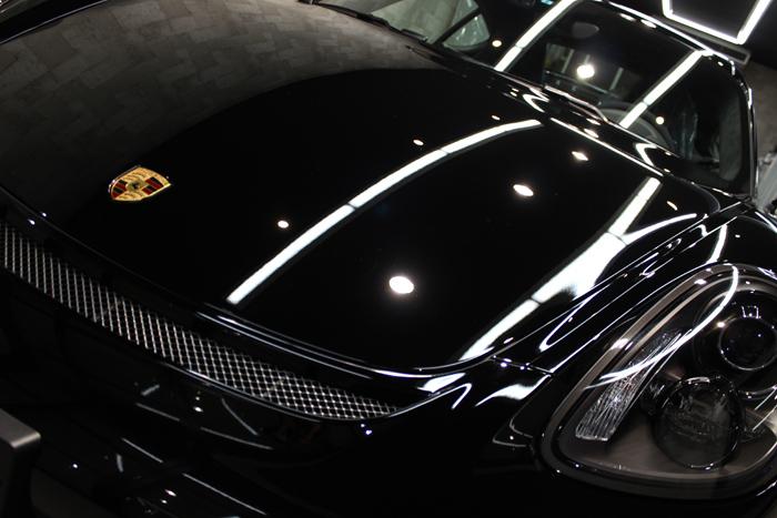 ポルシェ ケイマン GT4 ブラック ボンネット アップ